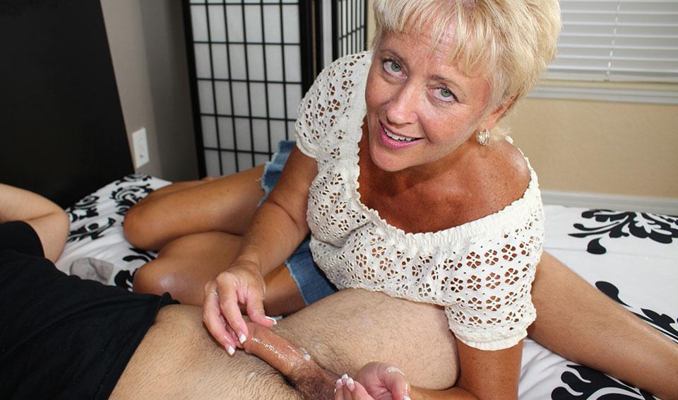 Aunt Tracy's Lube
